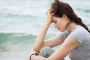 femme triste après une rupture amoureuse
