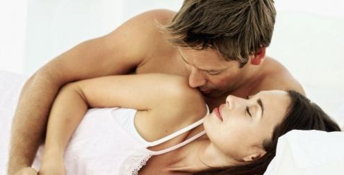 positionlatérale pour faire l'amour