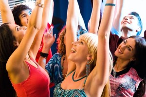 femmes séduisantes qui dansent